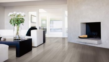 living-room-hard-maple-hardwood-flooring-gray-travertine-designer-lineart-lauzon