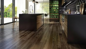 roomscene_hard-maple-hardwood-flooring-brown-charm-organik-rustica-designer-lauzon